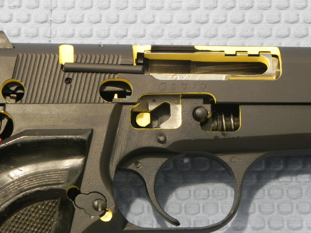 8717 - Browning Hi-Power Cut Away Pistol