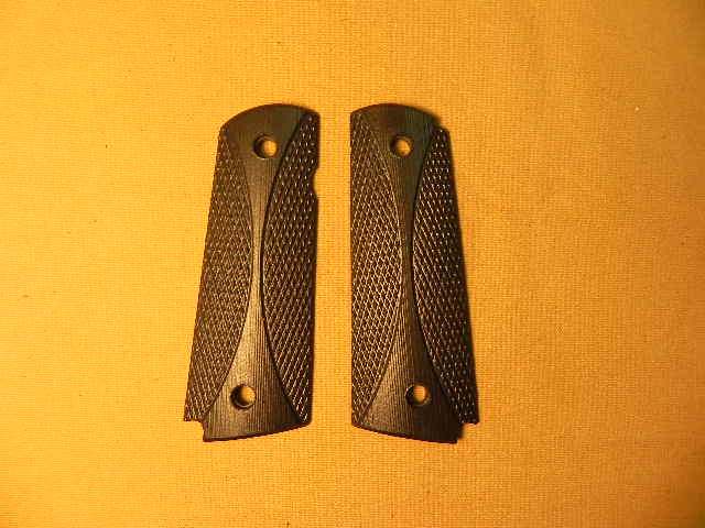 CS0495BLEM - Blemished 1911 Black Curve Checkered Dymondwood Grips with Pin Cut - Flat
